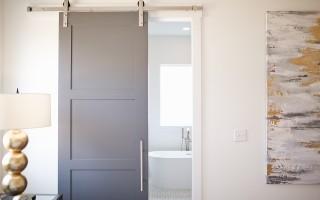 Особенности межкомнатных дверей из МДФ