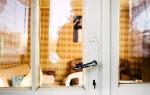 Как заменить стекло в дверях