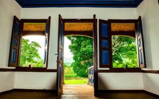 Как выбрать межкомнатные двери гармошка