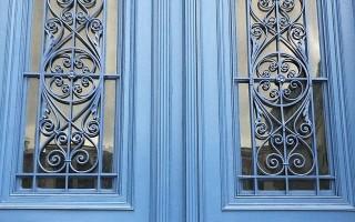 Как выбрать панорамные двери