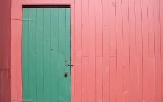 Как правильно выбрать межкомнатную дверь из экошпона